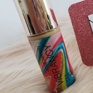 JOSIE MARAN VIBRANCY ARAGAN FOUNDATION - JUBILANT